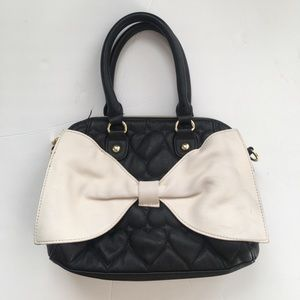 Betsey Johnson quilted cream bow purse